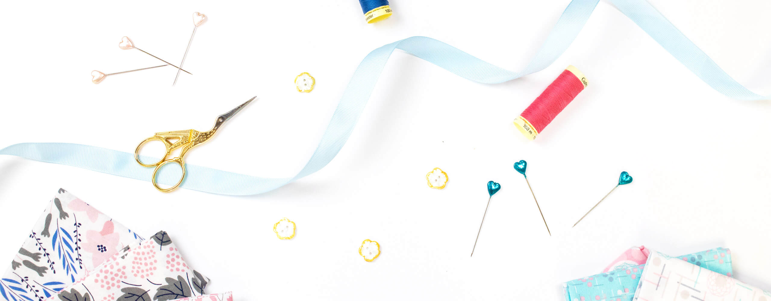 Banner image representing assorted sewing and haberdashery related items.