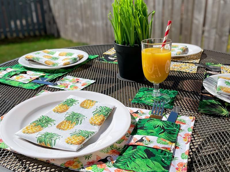 Fat Quarter Project; Garden Table Lunch Set